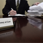 6 Reasons to Use a Tax Attorney Service