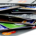 4 Smart Ways to Use Your Credit Cards While Avoiding Debt