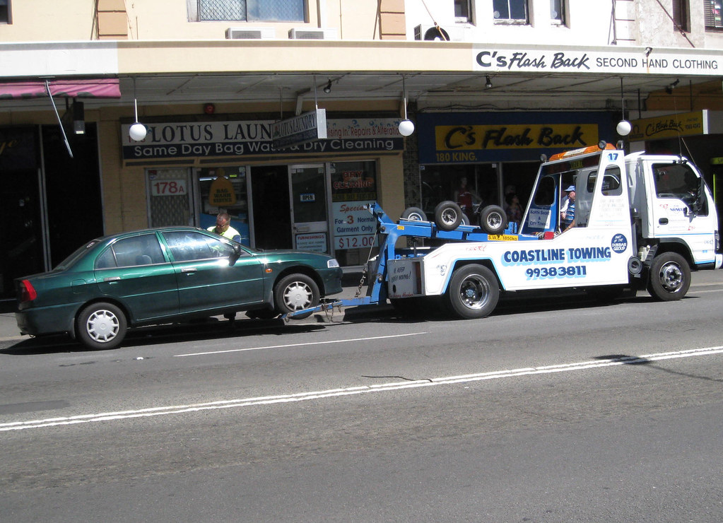 car and tow truck