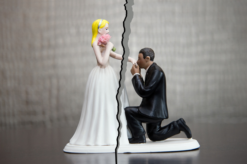marriage figurines